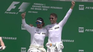alonso-button-podio--620x349